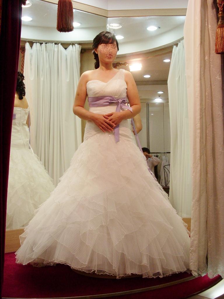 드레스 좀 골라주세요 (두벌중에 하나요~~~)^^;;